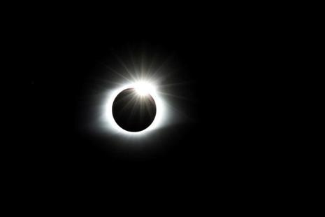 The solar eclipse creates the effect of a diamond ring at totality as seen from Clingmans Dome, Great Smoky Mountains National Park, Tennessee, US. Photo: Reuters