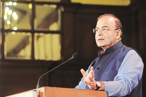 Finance minister Jaitley has held meetings with cabinet colleagues, other govt officials over the past 2 days to devise a plan to lift economic growth, which slipped to a 3-year low of 5.7% in the quarter to end-June. Photo: Indranil Bhoumik/Mint