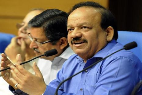 File photo. Harsh Vardhan said the environment becomes  more pleasant if Hindi is used. Photo: Sonu Mehta/ Hindustan Times