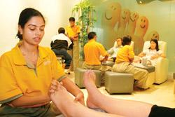 The most intensive session at My Foot, Combo2, which includes a foot bath, foot massage and an upper body massage, is for Rs2,899