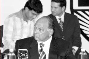 Flexing muscles: BCCI president Sharad Pawar, cricketers Sourav Ganguly and Sachin Tendulkar at BCCI conference in New Delhi on Thursday.