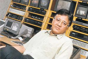Numbers game: A file photo of Kalanidhi Maran, promoter of Sun TV. The company's low DTH subscription rate is garnering protests from cable TV operators, who fear it would wean their customers away.