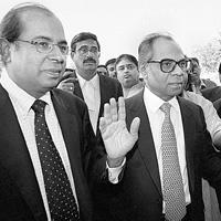 Betting on India: S.P. Hinduja(right) and P.P. Hinduja in a 2001 file photo