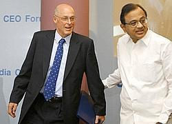 Finance Minister P. Chidambaram (R) and US Treasury Secretary Henry Paulson seen at the US-India CEO forum in Mumbai, 29 October.  AFP
