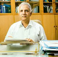 M. Venkateswarlu, drug controller general of India