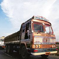 Growing demand: Sale of heavy trucks rose by 70% to 146,000 units on the back of a Supreme Court ruling that prevented overloading. (Photo: Vikas Khot/ Hindustan Times)
