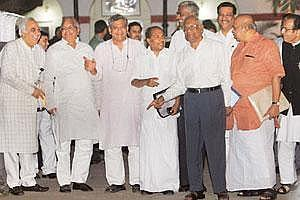 Talking heads: A file photo of UPA and Left leaders after a meeting on the nuclear deal.