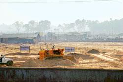 Site for the Rs1,700 crore Tata Motors plant for its Rs1 lakh car Nano in Singur, which is some 90 days behind schedule (Picture by: Indranil Bhoumik / Mint)