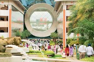 Challenges ahead: Infosys campus in Bangalore. The company says revenue growth in the first half of the year would remain flat. (Photo: Madhu Kapparath/ Mint)