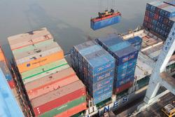 Cargo logistics: A file photo of Jawaharlal Nehru Port. Essar has expressed interest in developing a fourth container terminal at the port. (Photo: Ashesh Shah/Mint)