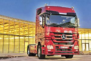 Expanding market: A Daimler Actros truck, which the company started manufacturing on its own in India last year.