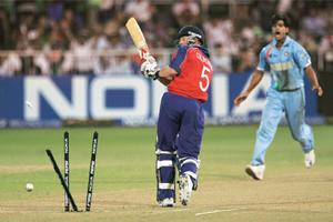 England's Paul Collingwood is bowled out by India's R.P. Singh at Kingsmead Stadium in Durban, 19 September 2007 during a Twenty20 cricket World Championship match