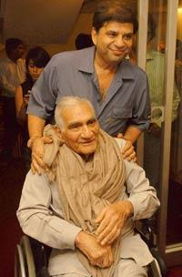 Entertainment czars: A file photo of director and producer of movies and television serials B.R. Chopra (seated) and his son Ravi Chopra. (Prodip Guha / Hindustan Times)