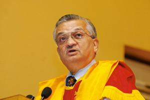 Counting the cost: A file photo of Anil Kakodkar, chairman of India's Atomic Energy Commission during a convocation ceremony at the Indian Institute of Technology, Kharagpur in July. Photograph: Indra