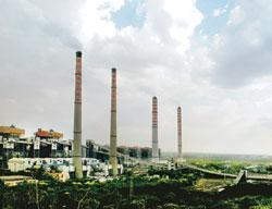 Crippling power: NTPC's Singrauli super thermal power station at Shaktinagar, Uttar Pradesh. Shortage of coal, the fuel for most NTPC plants, at the Simhadri project is part of the larger problem that