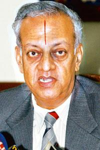 Clearing air: Chief election commissioner N Gopalaswami. S. Irfan / PTI