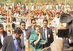 Out of track: Sonia Gandhi at a rally in Bhiteda, Rajasthan. Ramesh Pathania / Mint