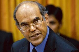 Reading signs: Reserve Bank of India governor D. Subbarao says growth projections may be pared during RBI's scheduled review in January. Abhijit Bhatlekar / Mint