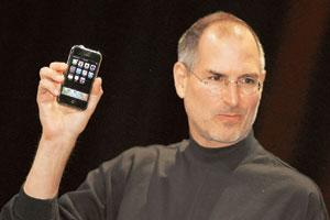 Last statement: Steve Jobs unveiled the iPhone at the 2007 trade show. Tony Avelar / AFP