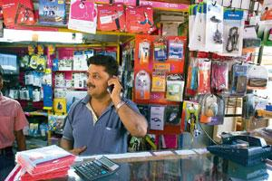 Lucrative call: Many global firms have expressed interest in entering the Indian mobile phone services market and could be potential 3G bidders. Madhu Kapparath / Mint