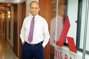 Long run: Chairman and CEO of Axis Bank P.J. Nayak. In May 2007, the bank board passed a resolution recommending Nayak, then chairman and MD, for the post of the bank's executive chairman for two year