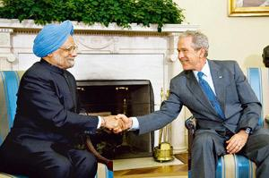 Bonded: A 25 September picture of Prime Minister Manmohan Singh with US President George W. Bush at the Oval Office in Washington, DC. Mannie Garcia / Bloomberg
