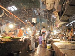 Changing equation: The Park Circus market, which was to be rebuilt by Reliance. The Kolkata Municipal Corporation now wants the firm to promise that it will not sell farm produce in the renovated mark