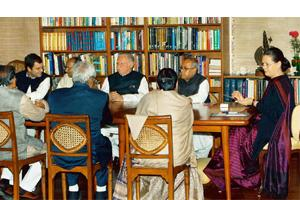 Round table: The Congress Working Committee met at party president Sonia Gandhi's residence in New Delhi on Thursday. Kamal Singh / PTI