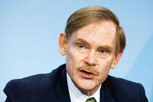 Underlying logic: World Bank president Robert Zoellick. India's policy of providing incentives to the private sector to start industries in economically backward regions is flawed, says new World Bank