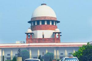 Bidding war: The Supreme Court has directed the highways regulator to consider financial bids of eight contenders. Ramesh Pathania / Mint