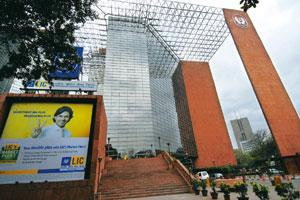 Greater play: Jeevan Bharti, the building which houses state-owned Life Insurance Corp.'s corporate office in New Delhi. Rajkumar / Mint