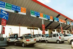 Revenue leakages: The Delhi-Gurgaon plaza on NH 8, which is a part of the Golden Quadrilateral. Harikrishna Katragadda / Mint
