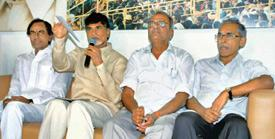 One for statehood: (from left) Leaders of the Maha Kootami K. Chandrasekhar Rao of TRS, N. Chandrababu Naidu of TDP, K. Narayana of CPI and B.V. Raghavulu of CPM at a press meet in Hyderabad on Tuesda