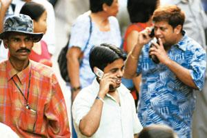Crossed wires: TDSAT has issued the notice over Trai's recent regulation reducing mobile termination charges to 20 paise per minute. Harikrishna Katragadda / Mint