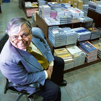 Om Arora has been running the Variety Book Depot in New Delhi for 43 years. Madhu Kapparath/Mint