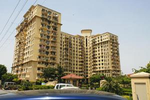 Stretched resources? A DLF residential complex in Gurgaon. Rajkumar / Mint
