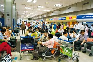 Airline performance: DGCA has asked all airlines to submit a detailed fortnightly report on the on-time performance of their flights. Madhu Kapparath / Mint