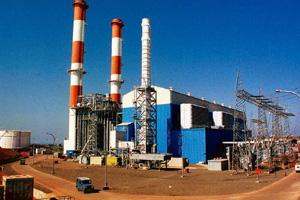 Cash flow: A file photo of Dabhol power station. The power regulator, in a recent order, had said the target availability for the generation station did not justify the proposed tariff for 2009-10. AF