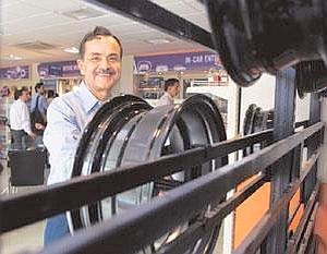 Big plans:With an investment of Rs30 crore already, Carnation's Jagdish Khattar says he plans to scale up to 30 outlets by March. Ramesh Pathania / Mint