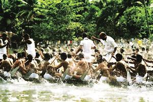 Making a splash: The Nehru Boat Race in Alappuzha. Get Off Your Ass
