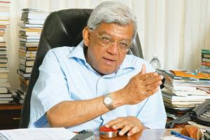 Keeping pace: Deepak Parekh, chairman, HDFC Ltd, said that demand for individual loans has continued despite the overall slowdown. Ashesh Shah / Mint