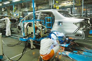 Full steam ahead: A file photo of the Honda Siel Cars India factory in Surajpur, Uttar Pradesh. The firm posted a 12% growth in July. Ramesh Pathania / Mint