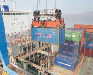 Unfair advantage? The Jawaharlal Nehru Port, where the DP World-run Nhava Sheva terminal is located. Ashesh Shah/Mint