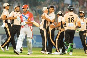 Strategic play: A May 2008 photo of Deccan Chargers celebrating the dismissal of Kings XI Punjab's Ram Naresh Sarwan during an Indian Premier League Twenty20 match in Hyderabad. ESPN has taken the cue