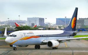 Hard stand: The union said it had served a notice to Jet Airways that its members would go on an indefinite strike from 7 Sep. Abhijit Bhatlekar / Mint