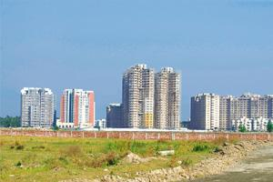 Scuttled hopes: Land allotted in the Rajarhat area near Salt Lake City to develop an IT township. Indranil Bhoumik / Mint