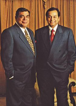 Facing questions: Essar Group chairman Shashi Ruia (left) and vice-chairman Ravi Ruia.