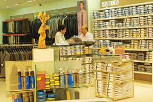 Starting afresh: A Raymond store in Jayanagar, Bangalore. Low consumer sentiment and high rentals have hurt Raymond's revenues hard in the last fiscal. Its retail revenue in fiscal 2009 stood at Rs637