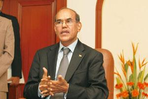 Strong signals: RBI governor D. Subbarao will unveil the central bank's next monetary policy statement on 27 October. The bank kept borrowing costs unchanged in its last review on 28 July. Indranil Bh