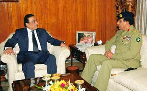 Strong reservations: A file photo of a meeting between Pakistan President Zardari (left) and army chief General Kayani. The US is insisting on greater civilian oversight of the military as a condition